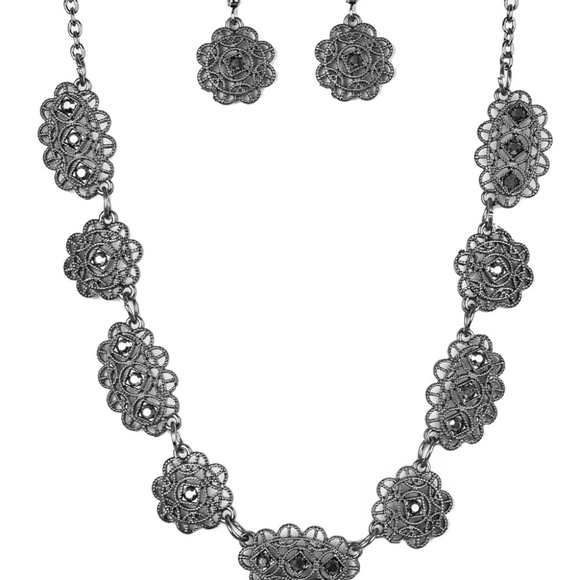 Gunmetal necklace with earrings